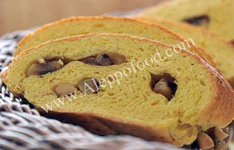 خبز الزعفران والثوم