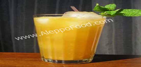 عصير كوكتيل البرتقال و التفاح